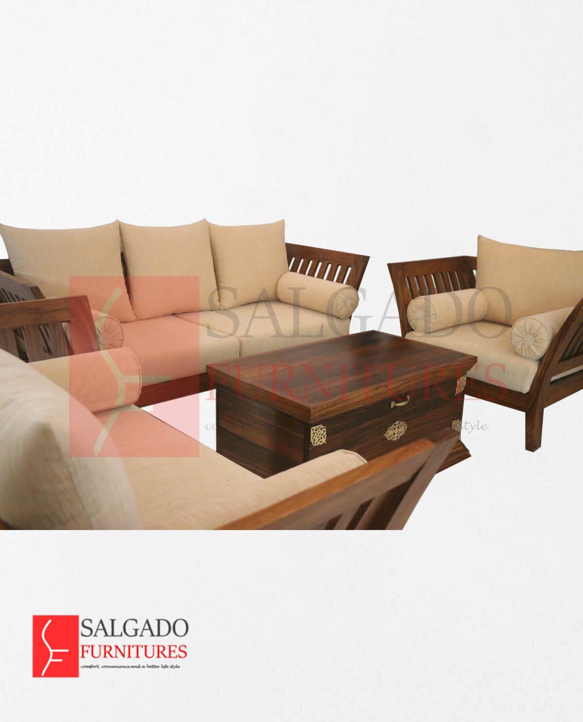 Classic Wings Sofa